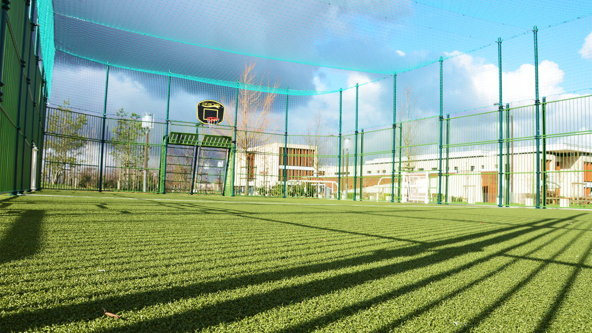Terrain Multisport Foot Basket à Bussy-Saint-Georges Stade Sycomore